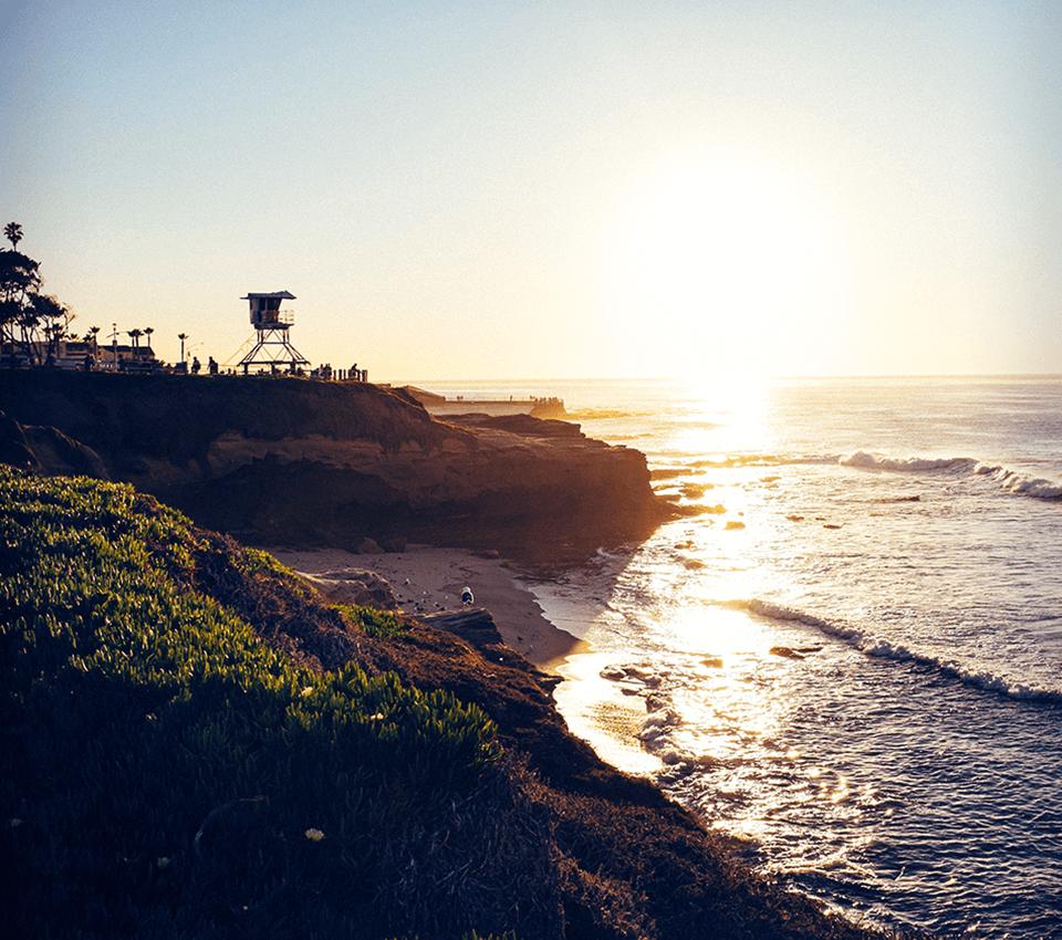 LaJolla-cliff-960x850